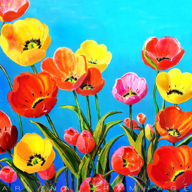 Tulpaner mot himlen. Röda ,gula och en rosa blomma.